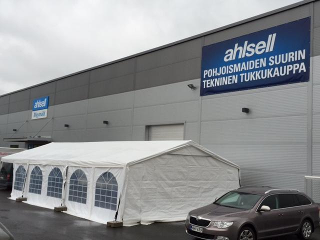 Tukkutapahtuma Ahlsell Hämeenlinna